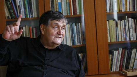 ALEX STEFANESCU